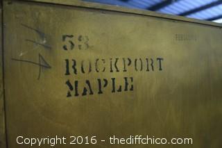 2 Piece Rockport Maple Temple Stuart Hutch
