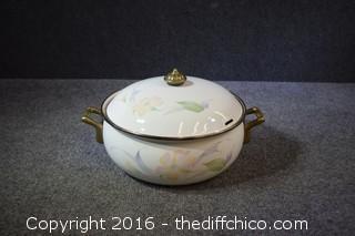Lingoware Enamel Pot & Lid
