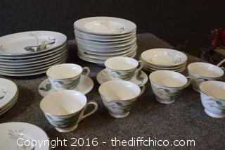 40 Pieces of Noritake Dishes - No Chips