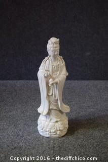 Oriental Statue - est 11 1/2in tall
