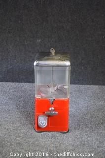 Vintage Gumball Machine w/Key