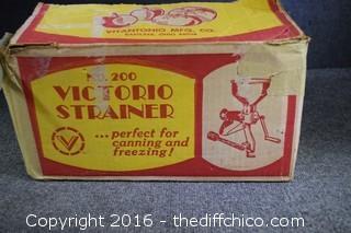 Victorio Strainer Model 200 - In Original Box