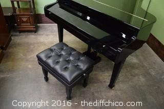 Van Koevering Interactive Baby Grand VIP 950 Piano Model 1179 & Black Adjustable Stool
