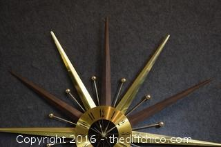 Working Seth Thomas Mid Century Starburst Clock - 29 1/2in dia