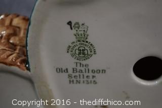 Vintage Royal Doulton Old Balloon Seller - HN1315