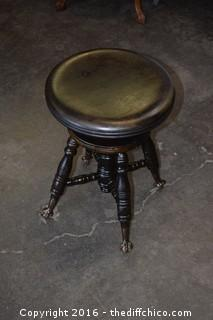 Vintage Adjustable Piano Stool w/Claw Feet