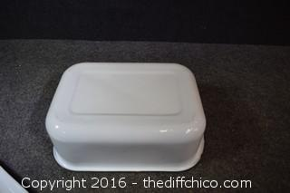 Enamel Rectange Pan w/Lid