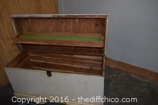 Vintage Cedar Check w/Key