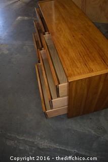 Vintage 6 Drawer Dresser