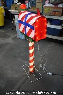 Working Christmas Mailbox