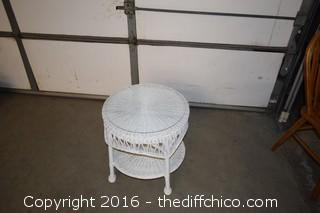 White Wicker Table w/Glass Top