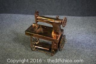 Metal Decorative Sewing Machine