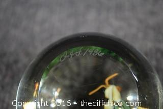 Signed O & F 1986 Paperweight