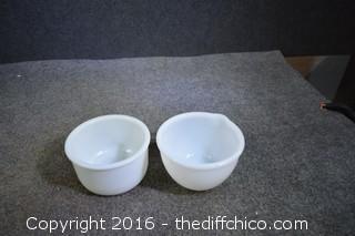 2 Mixing Bowls