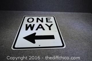 Metal One Way Sign