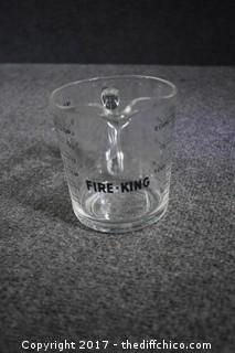 Fire King 2-Cup Measuring Cup