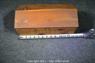 Vintage Log Cabin Wooden Cigar Box