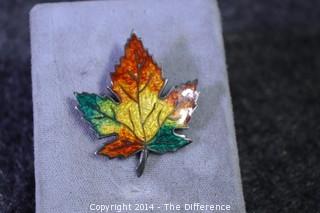 Vintage Sterling Silver & Enamel Maple Leaf Brooch/Pin