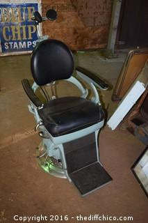 Vintage Weber Dental Chair