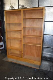 Bookshelf Unit w/Adjustable Shelves