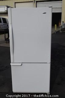 Working Amana Refrigerator