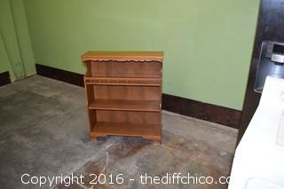 Bookcase or Nick Nack Shelf