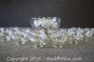 Punch Bowl & Cups - 15 Pieces