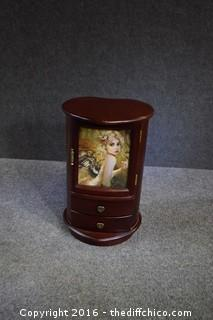 Swivel Jewelry Box w/Drawers & Mirror