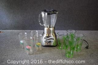 Working Oster Blender w/8 Tumblers