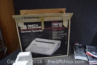 Smith Corona Electric Typewriter 240 DLE-Powers Up & Works