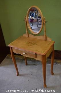Painted Vanity w/Mirror & Stool