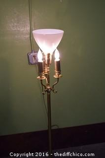 Working Vintage 54in tall Pole Lamp