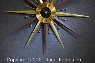 Working Seth Thomas Mid Century Starburst Clock - 29 1/2in dia