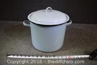 Vintage Light Blue Enamel Pot w/Lid & Steamer