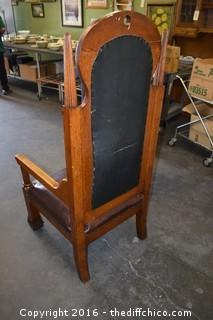 Awesome Vintage Throne Chair