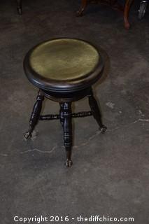 Vintage Adjustable Piano Stool w/Claw Feet