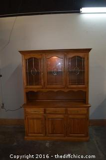2 Piece Hutch w/Lights