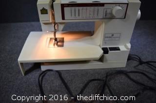 Working Viking Husqvarna Sewing Machine Model 105