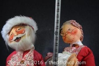 1971 Annalee's Mobilitee Santa & Wife Dolls