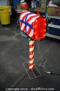 Working Christmas Mailbox