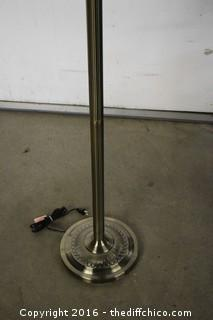 Working Pole Lamp