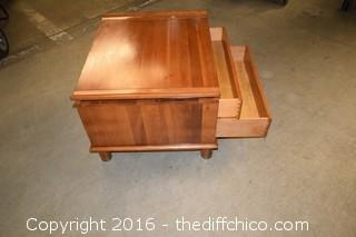 Willett End Table w/2 Drawers