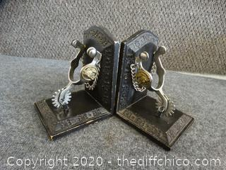 Spur Book Ends