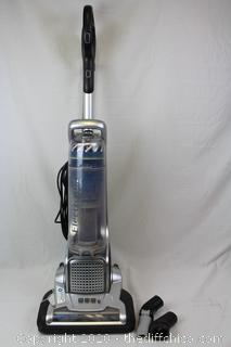 Electrolux Precision Bagless Upright Vacuum Cleaner ~ Model EL8802