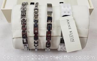 *NEW* ($150) Anne Klein New York Swarovski Crystal Accented Ladies Silver Tone Watch Set