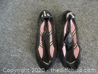 Size 5 Water Shoes