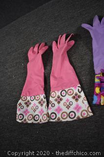 2 Pair of Fancy Platex Gloves
