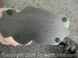 2 Grizzly Bears Fine Pewter 1975