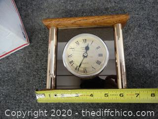 Cedar Home Quartz Clock