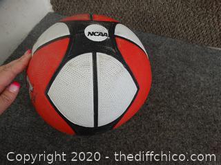 Wilson NCAA Basket Ball